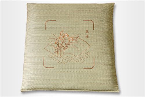 刺绣三层棉座布团T-002