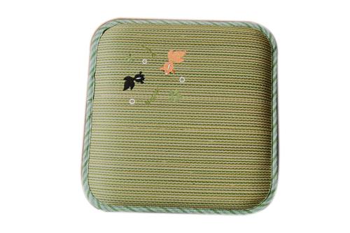 刺绣坐垫T-025